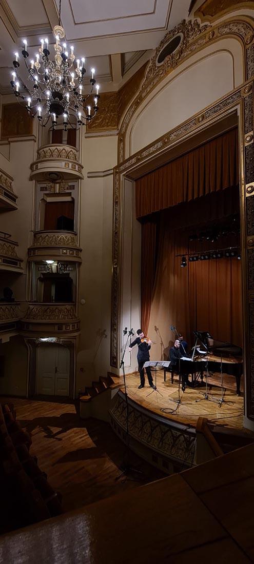 Valentin Serban si Dragos Dimitriu la Palatul Tinerimea Romana • foto: Virgil Oprina