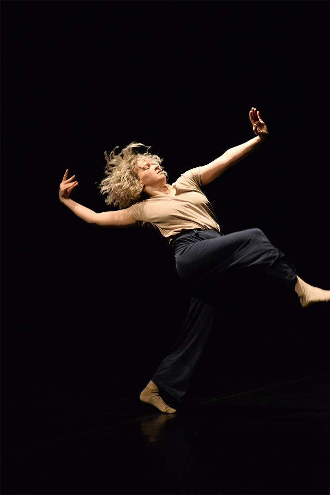 COOLsound • Mariana Gavriciuc – Echivalent, by George Plesca • photo: Mihai Smeu